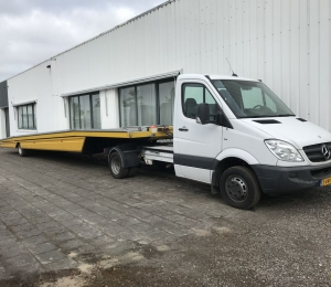 Mercedes-Benz 519 CDI BE-Combinatie trekker+trailer